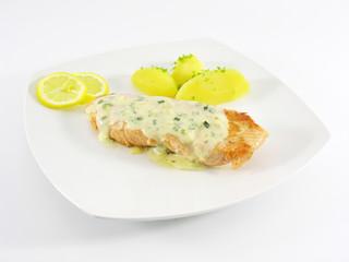 Filet de saumon, sauce béarnaise, pommes de terre