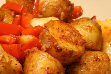 Potatoes with red peppers