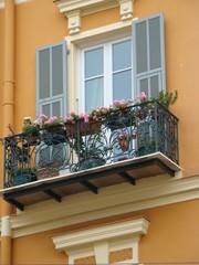 façade et balcon