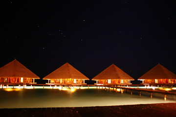 Malediven bei Nacht