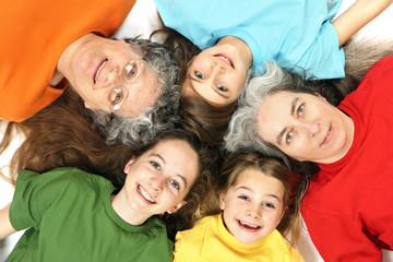 Grand-mère , mère et enfants