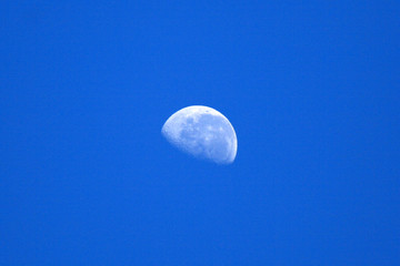 3 Quarter Moon and Blue Sky, Australia