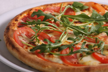 Pizza Tomate Rucola