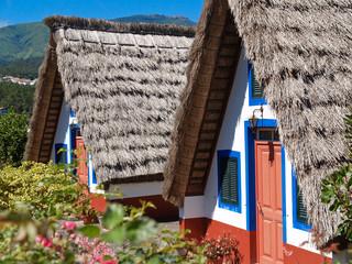 Hütten auf Madeira