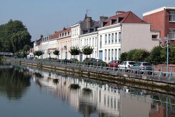 Foto auf Gartenposter Stadt am Wasser Douai : les quais