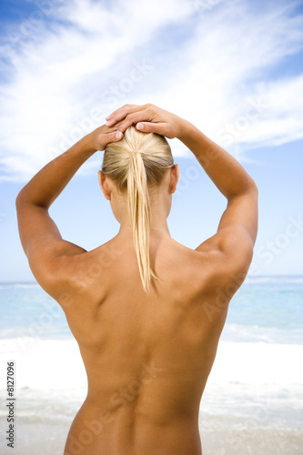 Women nude on the beach
