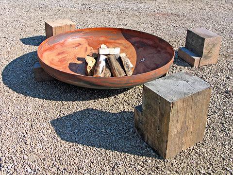 Modern design fire pit