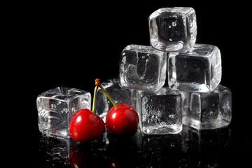 Deurstickers In het ijs Ice cube with cherries