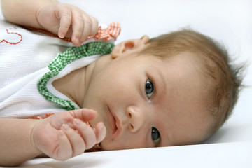Portrait of the newborn girl