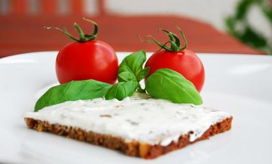 tomaten basilikum