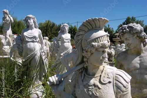 Statue da giardino immagini e fotografie royalty free su - Statue giardino ...