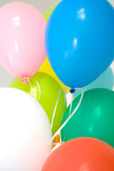 Different color balloons