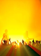 Lichtstrahlen bei gelbem Konzert