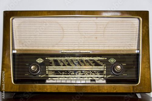 altes radio von ca 1960 stockfotos und lizenzfreie. Black Bedroom Furniture Sets. Home Design Ideas