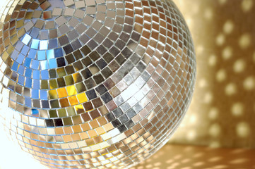 disco sphere with spot light