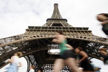 Courir Tour Eiffel Paris