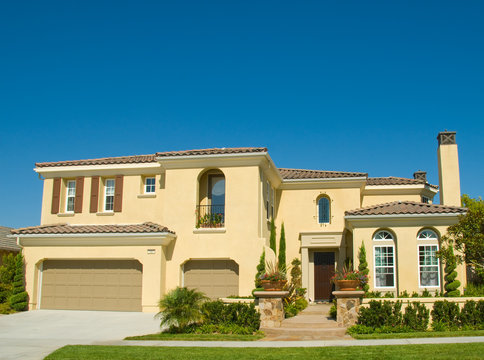 Amazing Two Story Stucco Executive House in Beautiful Community