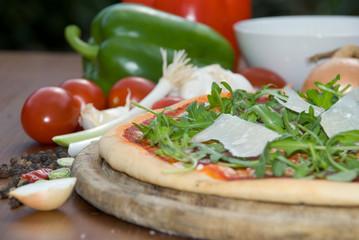 Pizza Rucola seitenansicht