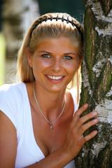 Porträt eines jungen, blonde, Frau