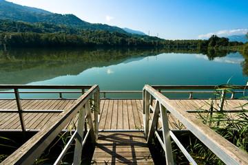 Le lac de Ste Hélène (Savoie, France)