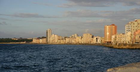 malecon de la Havane à Cuba
