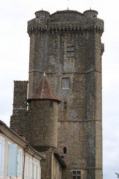 Le donjon de Bassoues d'Armagnac (Gers, Midi-Pyrénées)