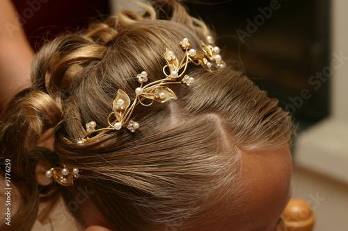 Coiffure D Une Petite Fille Pour Un Mariage Stock Photo And Royalty