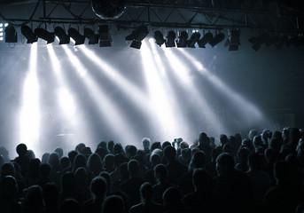 Lichtstrahlen bei  Konzert