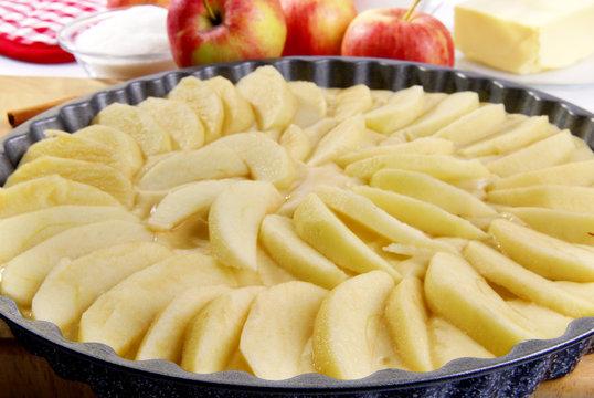 Apfelkuchen roh