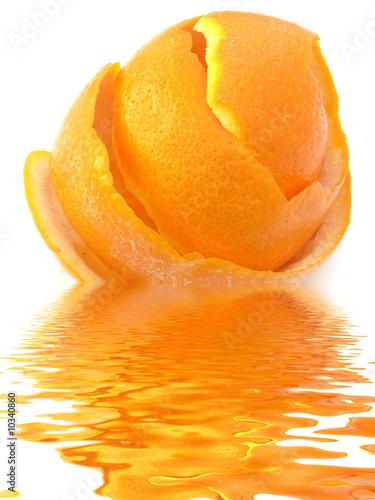 Pelure d 39 une orange stock photo and royalty free images - Pelure d orange pour parfumer ...