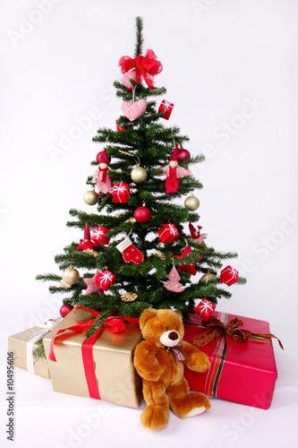geschm ckter weihnachtsbaum stockfotos und lizenzfreie bilder auf bild 10495606. Black Bedroom Furniture Sets. Home Design Ideas