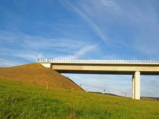 Neubau einer Autobahnbrücke