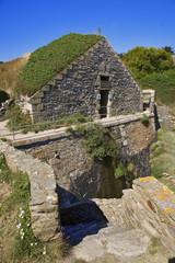bretagne; belle-île : la belle fontaine