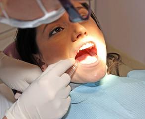 Beim Zahnarzt 13