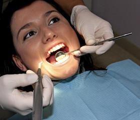Beim Zahnarzt 11