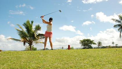 Joueuse de Golf - swing