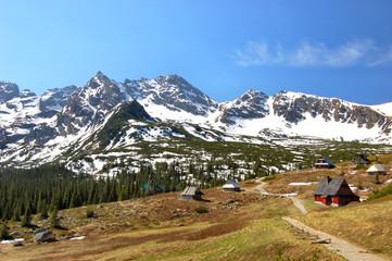 Fototapete - Orla Perc chain in polish Tatra mountains