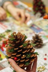 Weihnachtsdekoration herstellen
