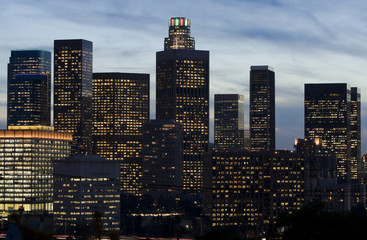Fotomurales - Los Angeles Skyline in Early Evening.
