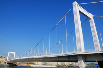 Elizabeth bridge 2.