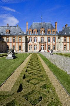 france,île de france : chateau de breteuil