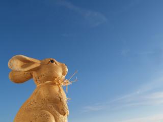 Foto op Plexiglas Stenen in het Zand kleiner Osterhase