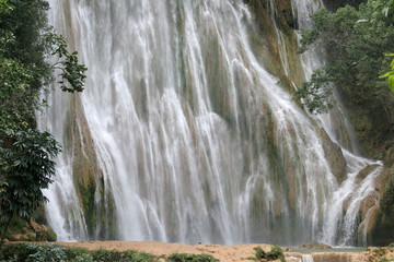 El limon waterfall, Samana peninsula