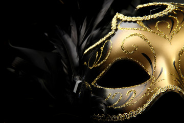 Spoed Foto op Canvas Carnaval ornate carnival mask over black silk background