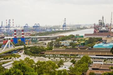 shipyard neighbouring container terminal