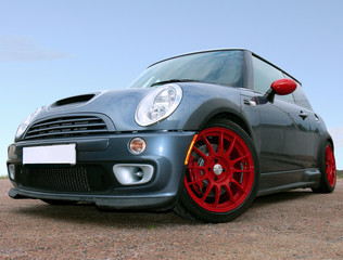 Deurstickers Snelle auto s Small British Race Car