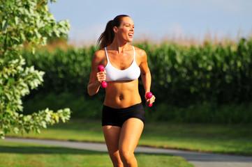 Помогает ли бег похудеть, возможно ли похудение с