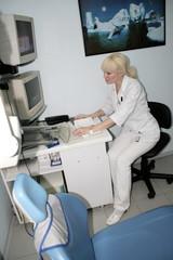 Woman - radiologist 2