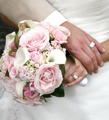 Bride buquet and rings