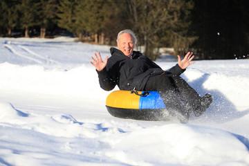 Snowtubing senior